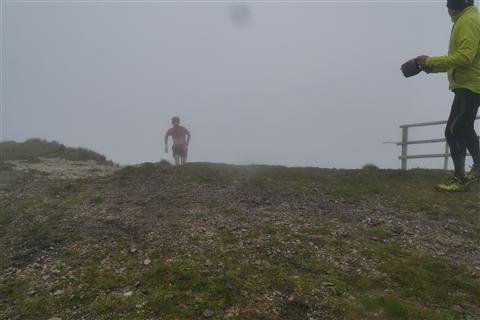 TRAIL di PIZZO San Michele N°3157 FOTO scattate a raffica in VETTA da Peppe Dalessio con nebbia e gran freddo - foto 519