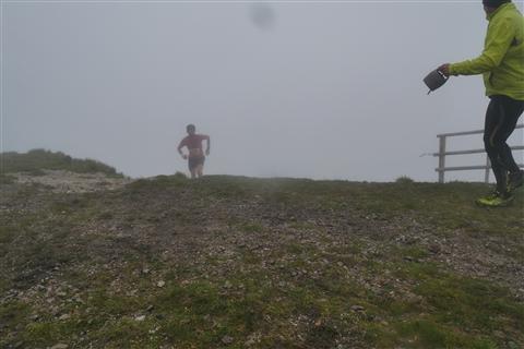 TRAIL di PIZZO San Michele N°3157 FOTO scattate a raffica in VETTA da Peppe Dalessio con nebbia e gran freddo - foto 520