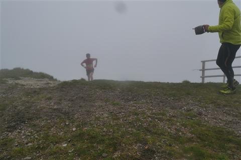 TRAIL di PIZZO San Michele N°3157 FOTO scattate a raffica in VETTA da Peppe Dalessio con nebbia e gran freddo - foto 521