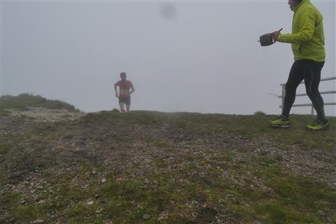 TRAIL di PIZZO San Michele N°3157 FOTO scattate a raffica in VETTA da Peppe Dalessio con nebbia e gran freddo - foto 523