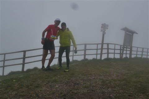TRAIL di PIZZO San Michele N°3157 FOTO scattate a raffica in VETTA da Peppe Dalessio con nebbia e gran freddo - foto 589