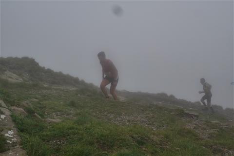 TRAIL di PIZZO San Michele N°3157 FOTO scattate a raffica in VETTA da Peppe Dalessio con nebbia e gran freddo - foto 596