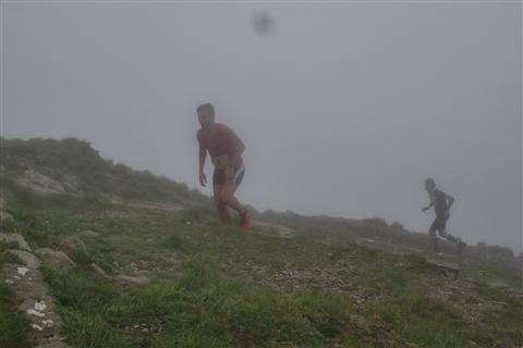 TRAIL di PIZZO San Michele N°3157 FOTO scattate a raffica in VETTA da Peppe Dalessio con nebbia e gran freddo - foto 600