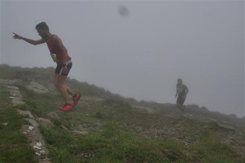 TRAIL di PIZZO San Michele N°3157 FOTO scattate a raffica in VETTA da Peppe Dalessio con nebbia e gran freddo - foto 613