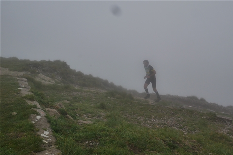 TRAIL di PIZZO San Michele N°3157 FOTO scattate a raffica in VETTA da Peppe Dalessio con nebbia e gran freddo - foto 627