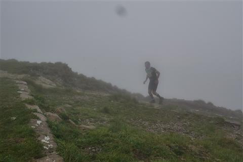 TRAIL di PIZZO San Michele N°3157 FOTO scattate a raffica in VETTA da Peppe Dalessio con nebbia e gran freddo - foto 628