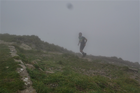 TRAIL di PIZZO San Michele N°3157 FOTO scattate a raffica in VETTA da Peppe Dalessio con nebbia e gran freddo - foto 631