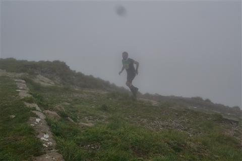 TRAIL di PIZZO San Michele N°3157 FOTO scattate a raffica in VETTA da Peppe Dalessio con nebbia e gran freddo - foto 635