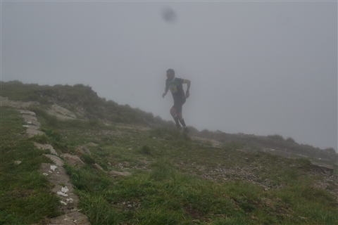 TRAIL di PIZZO San Michele N°3157 FOTO scattate a raffica in VETTA da Peppe Dalessio con nebbia e gran freddo - foto 636