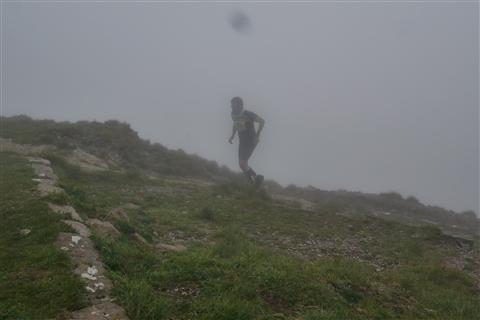 TRAIL di PIZZO San Michele N°3157 FOTO scattate a raffica in VETTA da Peppe Dalessio con nebbia e gran freddo - foto 637