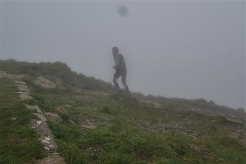 TRAIL di PIZZO San Michele N°3157 FOTO scattate a raffica in VETTA da Peppe Dalessio con nebbia e gran freddo - foto 639