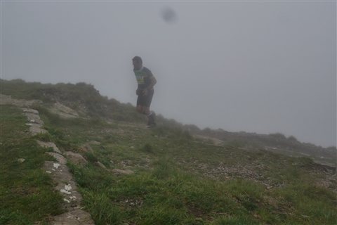TRAIL di PIZZO San Michele N°3157 FOTO scattate a raffica in VETTA da Peppe Dalessio con nebbia e gran freddo - foto 644