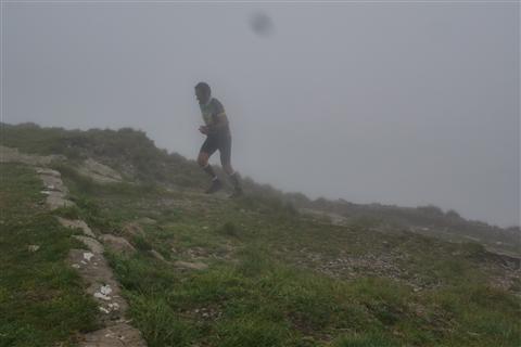 TRAIL di PIZZO San Michele N°3157 FOTO scattate a raffica in VETTA da Peppe Dalessio con nebbia e gran freddo - foto 645