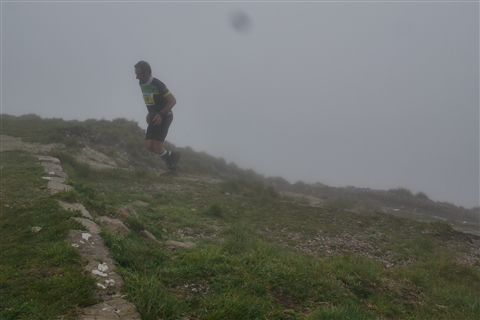 TRAIL di PIZZO San Michele N°3157 FOTO scattate a raffica in VETTA da Peppe Dalessio con nebbia e gran freddo - foto 650