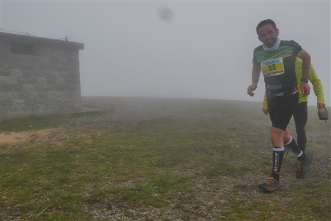 TRAIL di PIZZO San Michele N°3157 FOTO scattate a raffica in VETTA da Peppe Dalessio con nebbia e gran freddo - foto 657