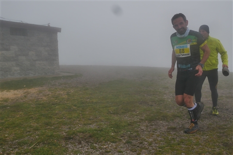 TRAIL di PIZZO San Michele N°3157 FOTO scattate a raffica in VETTA da Peppe Dalessio con nebbia e gran freddo - foto 658