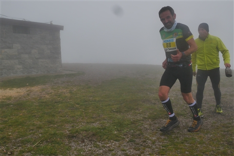 TRAIL di PIZZO San Michele N°3157 FOTO scattate a raffica in VETTA da Peppe Dalessio con nebbia e gran freddo - foto 659