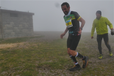 TRAIL di PIZZO San Michele N°3157 FOTO scattate a raffica in VETTA da Peppe Dalessio con nebbia e gran freddo - foto 661