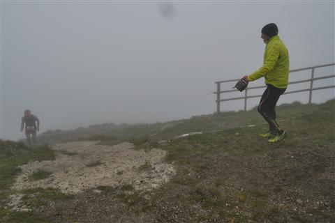 TRAIL di PIZZO San Michele N°3157 FOTO scattate a raffica in VETTA da Peppe Dalessio con nebbia e gran freddo - foto 670