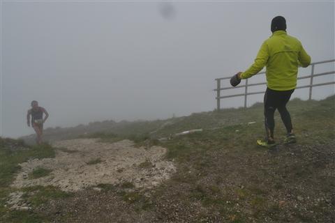 TRAIL di PIZZO San Michele N°3157 FOTO scattate a raffica in VETTA da Peppe Dalessio con nebbia e gran freddo - foto 675