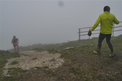TRAIL di PIZZO San Michele N°3157 FOTO scattate a raffica in VETTA da Peppe Dalessio con nebbia e gran freddo - foto 677