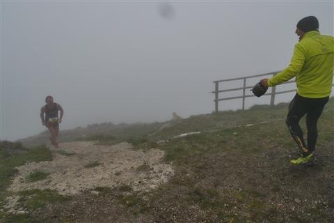 TRAIL di PIZZO San Michele N°3157 FOTO scattate a raffica in VETTA da Peppe Dalessio con nebbia e gran freddo - foto 681