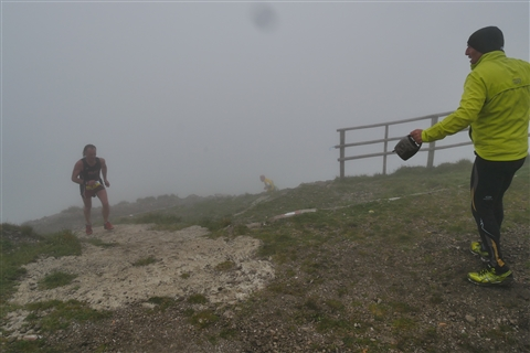 TRAIL di PIZZO San Michele N°3157 FOTO scattate a raffica in VETTA da Peppe Dalessio con nebbia e gran freddo - foto 683