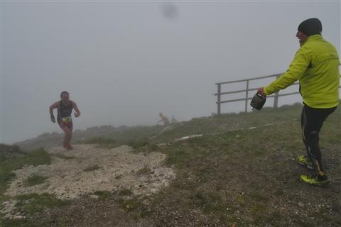 TRAIL di PIZZO San Michele N°3157 FOTO scattate a raffica in VETTA da Peppe Dalessio con nebbia e gran freddo - foto 685