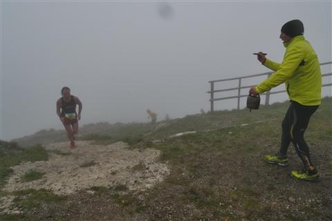 TRAIL di PIZZO San Michele N°3157 FOTO scattate a raffica in VETTA da Peppe Dalessio con nebbia e gran freddo - foto 687