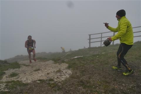 TRAIL di PIZZO San Michele N°3157 FOTO scattate a raffica in VETTA da Peppe Dalessio con nebbia e gran freddo - foto 688