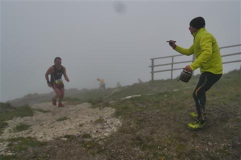 TRAIL di PIZZO San Michele N°3157 FOTO scattate a raffica in VETTA da Peppe Dalessio con nebbia e gran freddo - foto 690