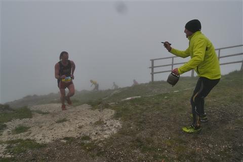 TRAIL di PIZZO San Michele N°3157 FOTO scattate a raffica in VETTA da Peppe Dalessio con nebbia e gran freddo - foto 693