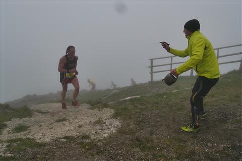 TRAIL di PIZZO San Michele N°3157 FOTO scattate a raffica in VETTA da Peppe Dalessio con nebbia e gran freddo - foto 694