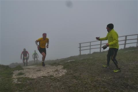 TRAIL di PIZZO San Michele N°3157 FOTO scattate a raffica in VETTA da Peppe Dalessio con nebbia e gran freddo - foto 706