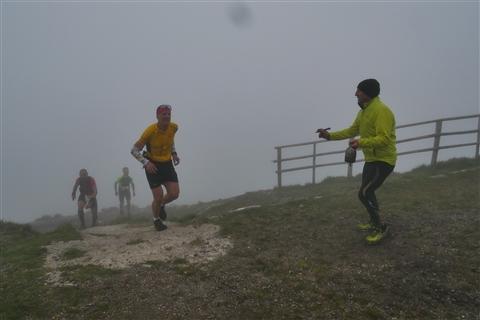 TRAIL di PIZZO San Michele N°3157 FOTO scattate a raffica in VETTA da Peppe Dalessio con nebbia e gran freddo - foto 708