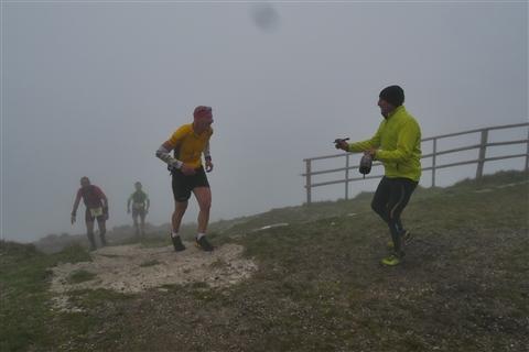 TRAIL di PIZZO San Michele N°3157 FOTO scattate a raffica in VETTA da Peppe Dalessio con nebbia e gran freddo - foto 710