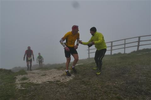 TRAIL di PIZZO San Michele N°3157 FOTO scattate a raffica in VETTA da Peppe Dalessio con nebbia e gran freddo - foto 716