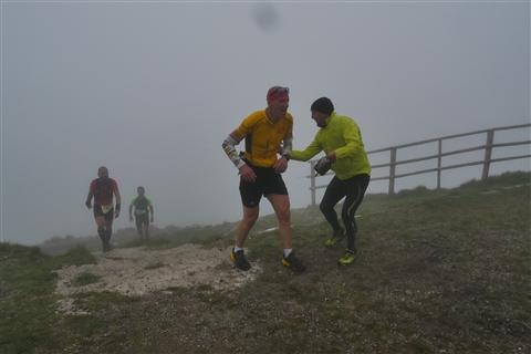 TRAIL di PIZZO San Michele N°3157 FOTO scattate a raffica in VETTA da Peppe Dalessio con nebbia e gran freddo - foto 717