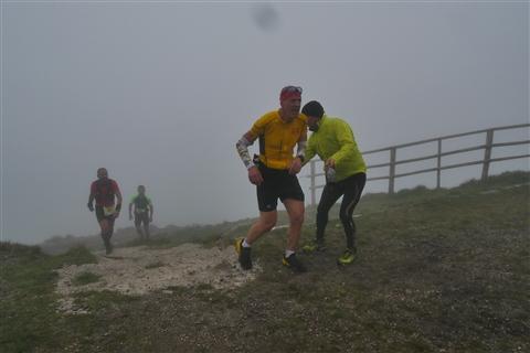 TRAIL di PIZZO San Michele N°3157 FOTO scattate a raffica in VETTA da Peppe Dalessio con nebbia e gran freddo - foto 718