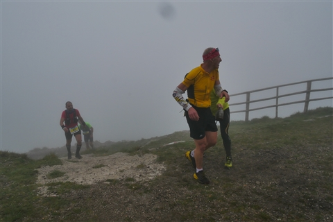 TRAIL di PIZZO San Michele N°3157 FOTO scattate a raffica in VETTA da Peppe Dalessio con nebbia e gran freddo - foto 722