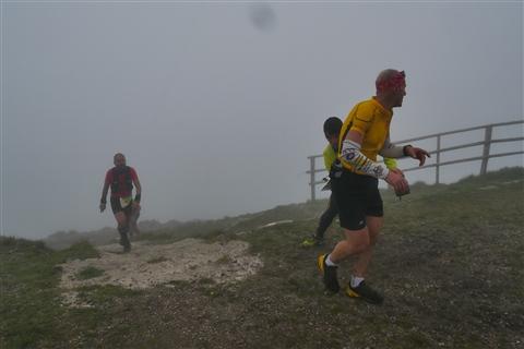 TRAIL di PIZZO San Michele N°3157 FOTO scattate a raffica in VETTA da Peppe Dalessio con nebbia e gran freddo - foto 726