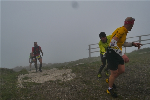 TRAIL di PIZZO San Michele N°3157 FOTO scattate a raffica in VETTA da Peppe Dalessio con nebbia e gran freddo - foto 730