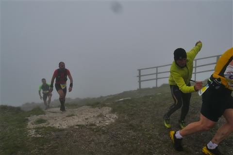 TRAIL di PIZZO San Michele N°3157 FOTO scattate a raffica in VETTA da Peppe Dalessio con nebbia e gran freddo - foto 734