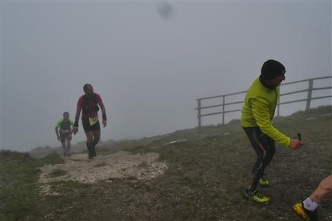 TRAIL di PIZZO San Michele N°3157 FOTO scattate a raffica in VETTA da Peppe Dalessio con nebbia e gran freddo - foto 736