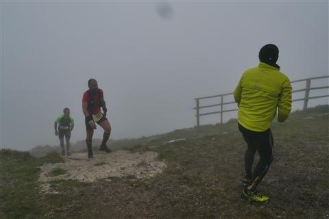 TRAIL di PIZZO San Michele N°3157 FOTO scattate a raffica in VETTA da Peppe Dalessio con nebbia e gran freddo - foto 738
