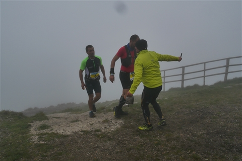 TRAIL di PIZZO San Michele N°3157 FOTO scattate a raffica in VETTA da Peppe Dalessio con nebbia e gran freddo - foto 768