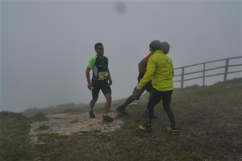 TRAIL di PIZZO San Michele N°3157 FOTO scattate a raffica in VETTA da Peppe Dalessio con nebbia e gran freddo - foto 771