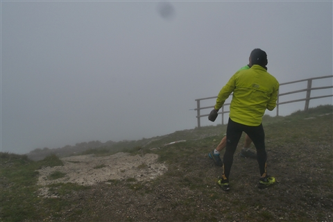 TRAIL di PIZZO San Michele N°3157 FOTO scattate a raffica in VETTA da Peppe Dalessio con nebbia e gran freddo - foto 790