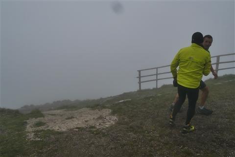 TRAIL di PIZZO San Michele N°3157 FOTO scattate a raffica in VETTA da Peppe Dalessio con nebbia e gran freddo - foto 793