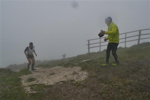TRAIL di PIZZO San Michele N°3157 FOTO scattate a raffica in VETTA da Peppe Dalessio con nebbia e gran freddo - foto 803